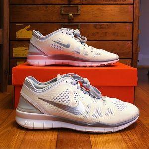 NIKE | Nike Free TR Fit 5.0 White/Off-White/Gray
